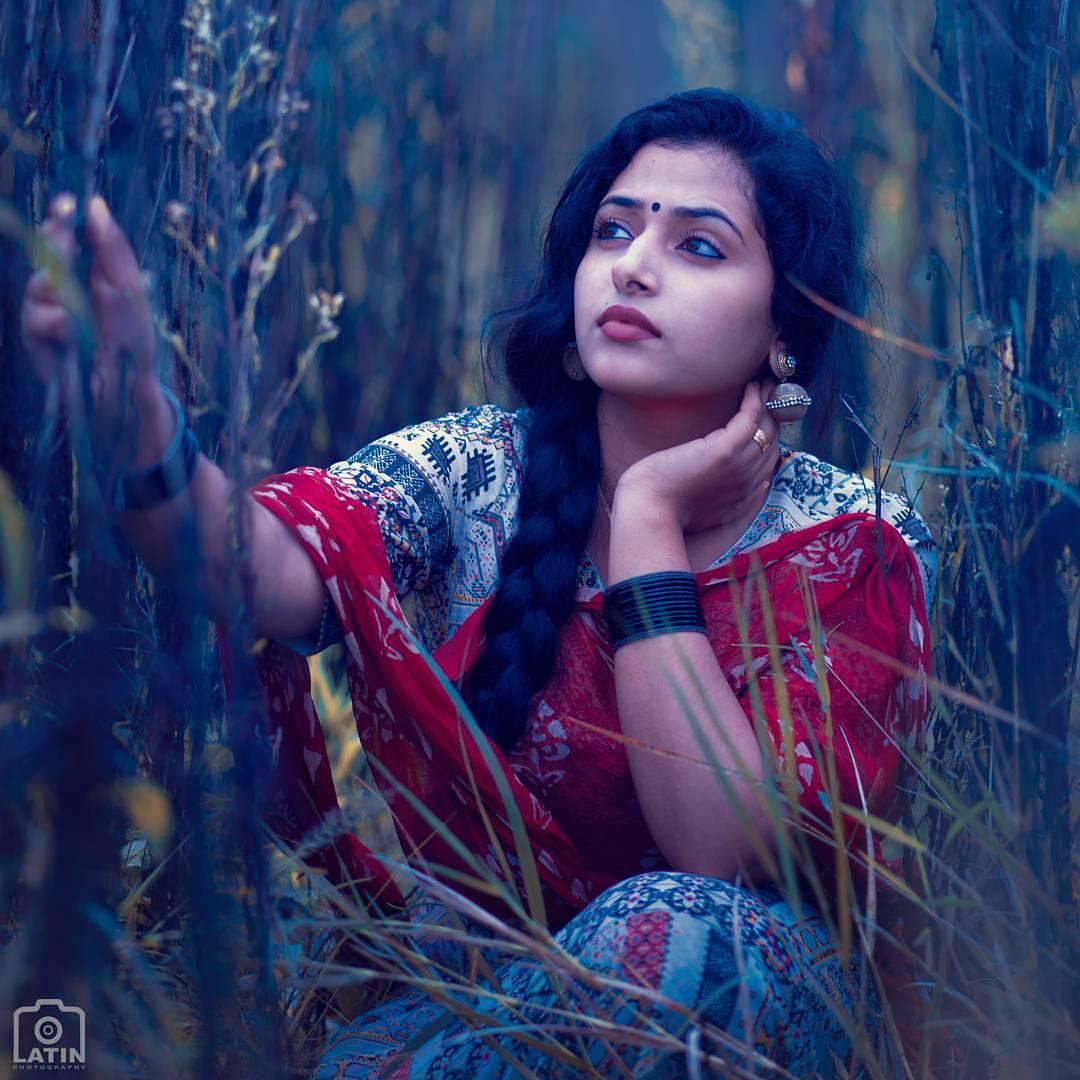 anusithara_latest-11