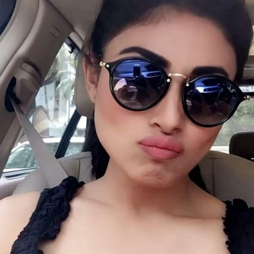 actress-mouni-roy-new-photos-2