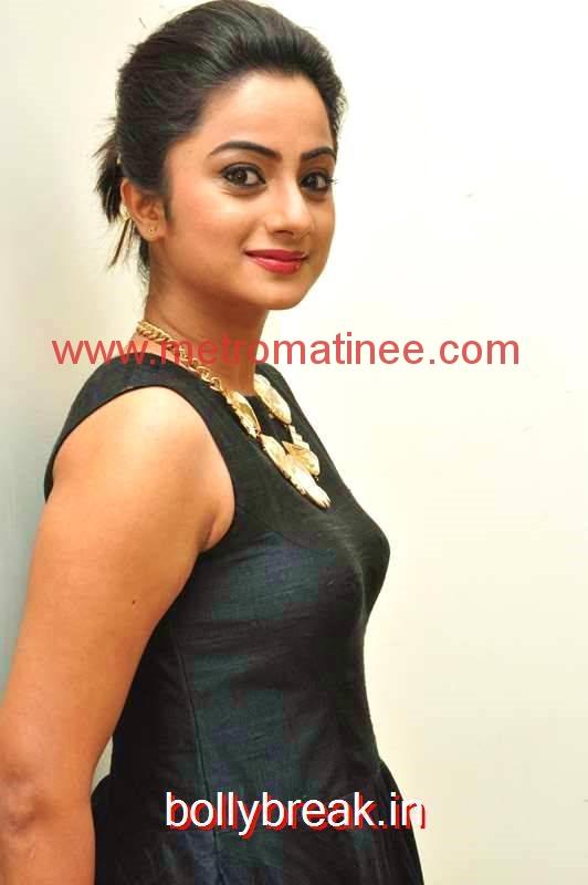 namitha_pramod-19