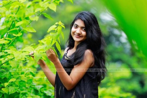 actress-nandana-varma-photo-gallery-11