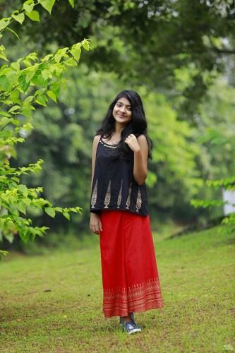 actress-nandana-varma-photo-gallery-12