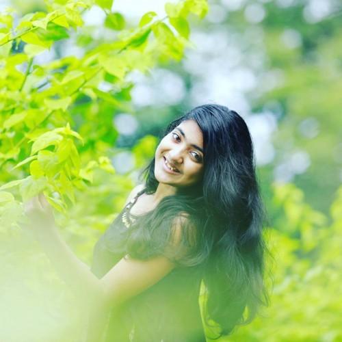 actress-nandana-varma-photo-gallery-13