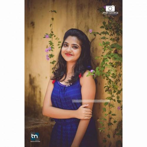 actress-nandana-varma-photo-gallery-8