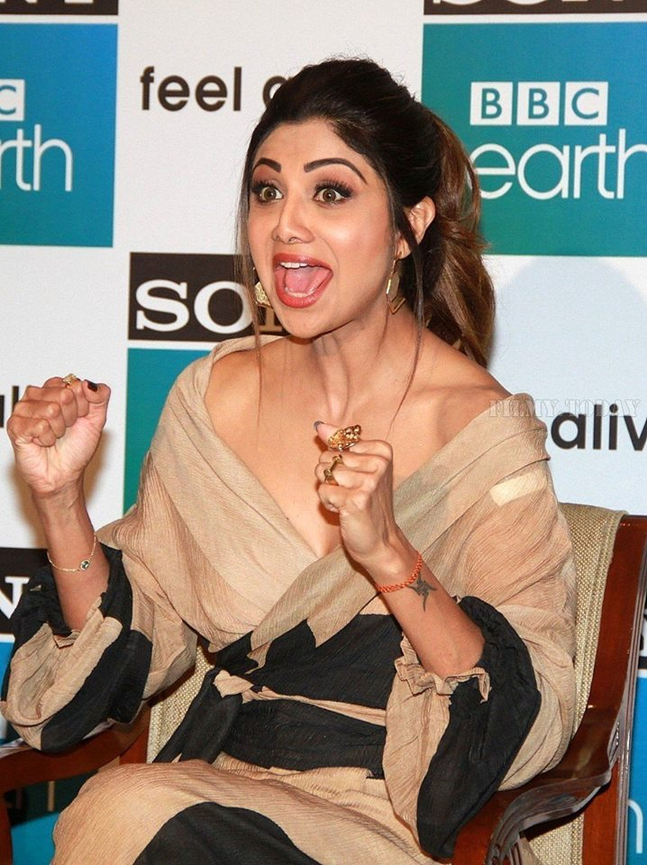 actress-shilpa-shetty-latest-photos-3