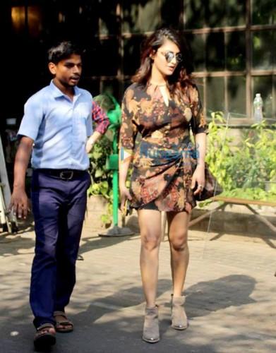 actress-shruthi-haasan-latest-photos-2