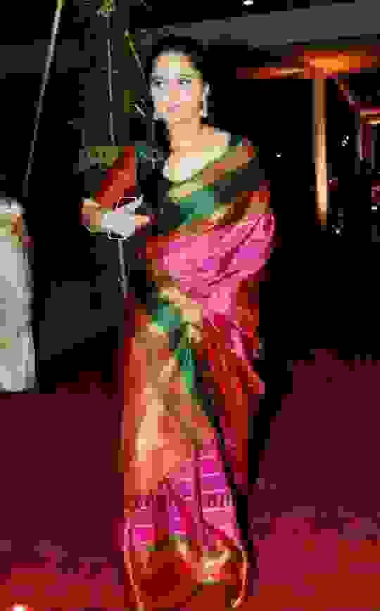 Anushka Shetty in Saree Photos