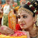 anushkashettys-new-getup-for-the-film-brahmandanayagan-1