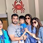 shilpa_shetty_family-3