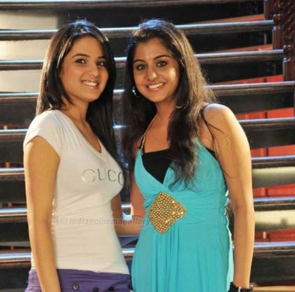 Meera Nandan In Dubai - Photos