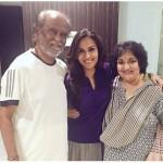 rajinikanth_with_family-1