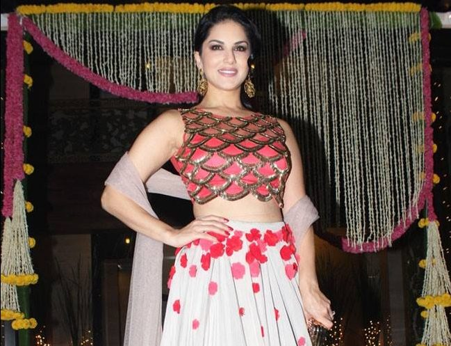 sunny_leone_latest_photos (4)