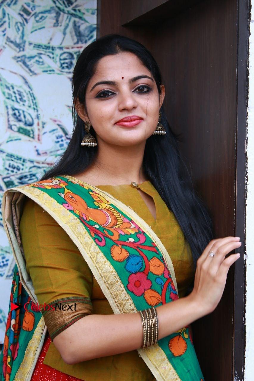 Actress-Nikhila-Vimal-Stills-at-Panjumittai-Audio-&-Trailer-Launch-CELEBSNEXT.COM-0009