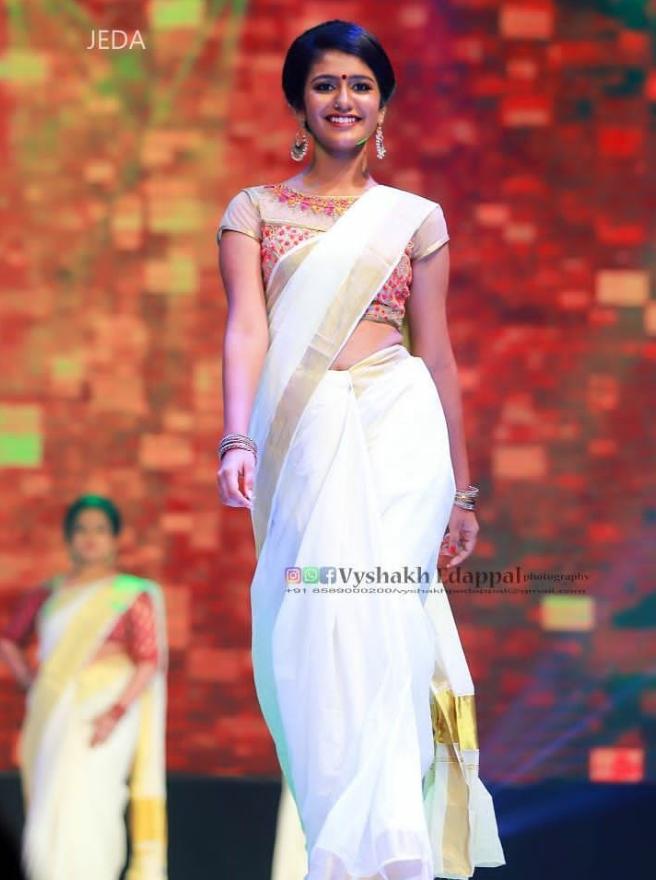 Priya_Prakash_varrier (1)
