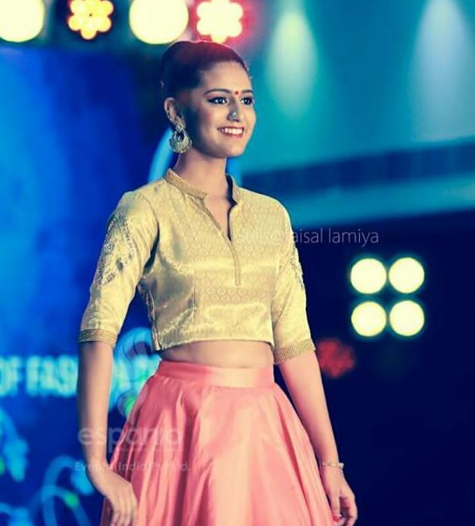 Priya_Prakash_varrier (4)